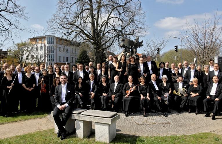 Philharmonisches Orchester Vorpommern mit Generalmusikdirektor Florian Csizmadia